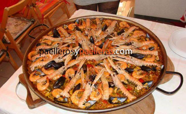 paella-de-marisco-para-12-personas-desde-italia-massimo-travaglini