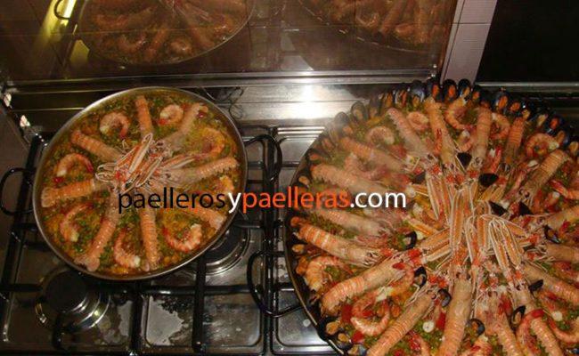 paellas-de-marisco-de-38-y-60-cm-para-26-personas-massimo-italia