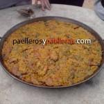 Miguel Adan Orgulloso de su Paella Valenciana