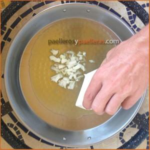 sofreír cebolla antes del primer uso